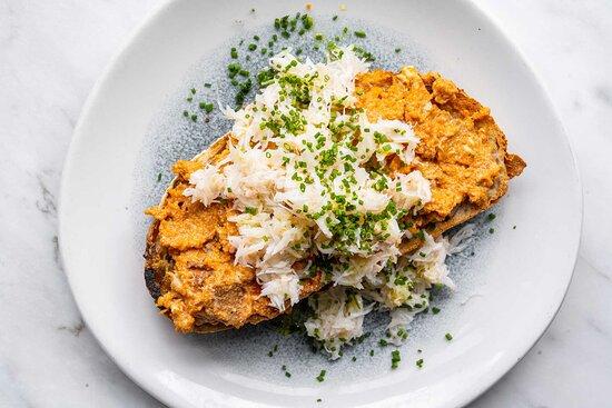 Cornish crab toast