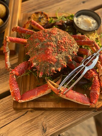 Spider crabs and lobsters on the specials board!
