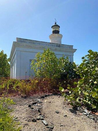 Cardona Island: el faro