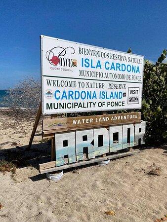 Cardona Island: la bienvenida