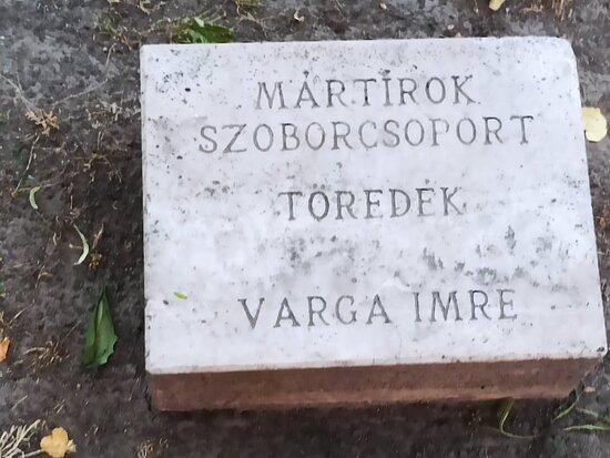 Mártírok Szoborcsoport - Martyrs