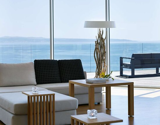 Penthouse Suite - Panoramic Sea View & Terrace