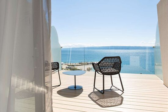 Premium Room - Terrace Front Sea View