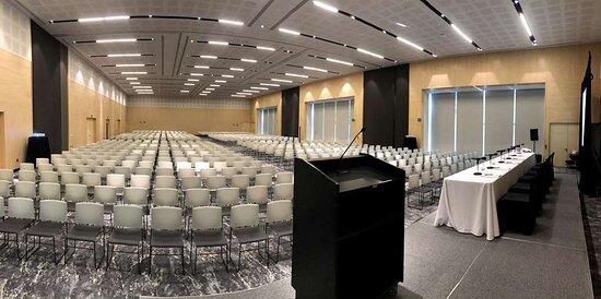 Galeria Plaza San Jeronimo Auditorium