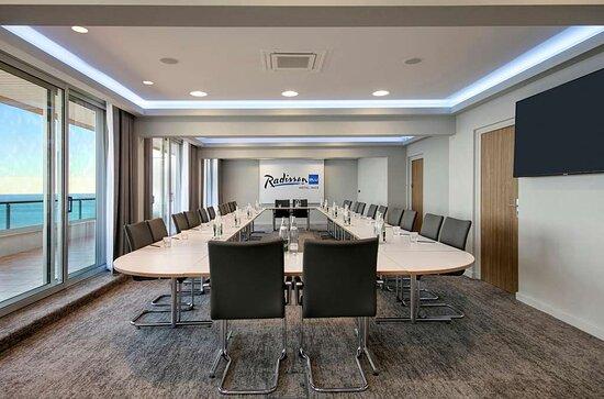 Azur Meeting room