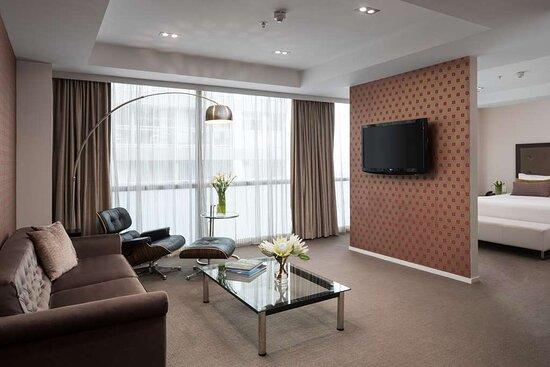 Photos RA Accom Executive King Suite