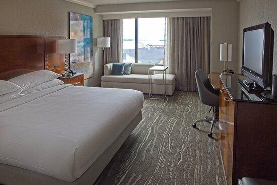 King Harbor View Bedroom