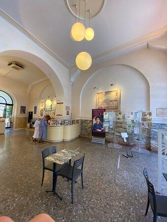 Palazzo del Freddo, Gelateria Fassi,  Via Principe Eugenio, Roma
