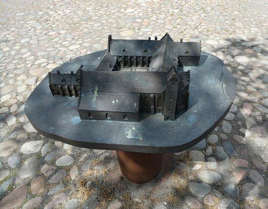 Bronsmodell Ystads Kloster