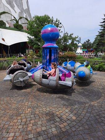 Wunderland Kalkar:Space barrel
