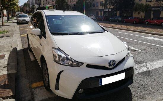 فالنسيا, إسبانيا: Flota de taxis en perfectas condiciones para trasladarle a cualquier destino.