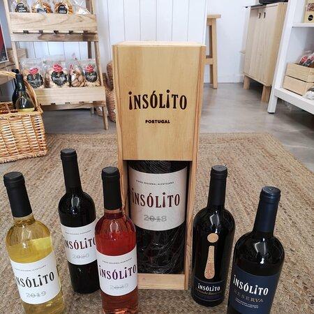Já provou os nossos vinhos Insólito?  Disponíveis na nossa loja, Quintinha de Évora, Rua 5 de outubro n50.