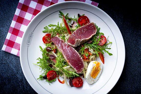 Salade Niçoise du Bistrot et son pavé de thon