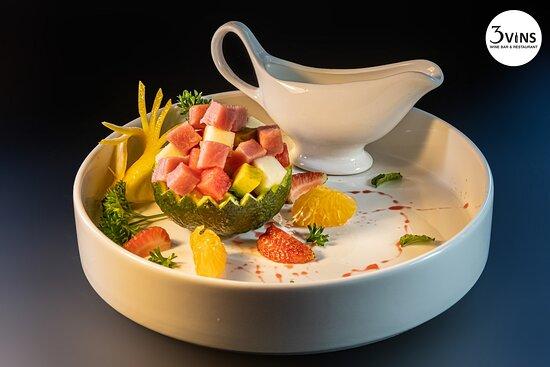 Fresh fruits salad with Tuna & yoghut dressing