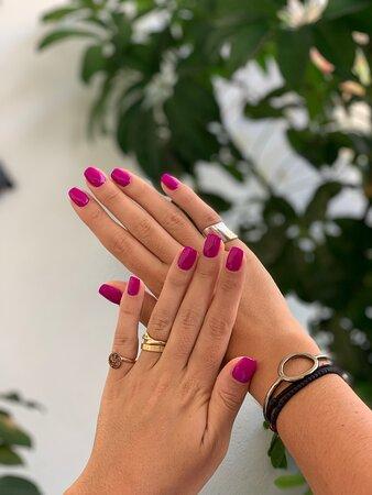 Semi permanent Manicure