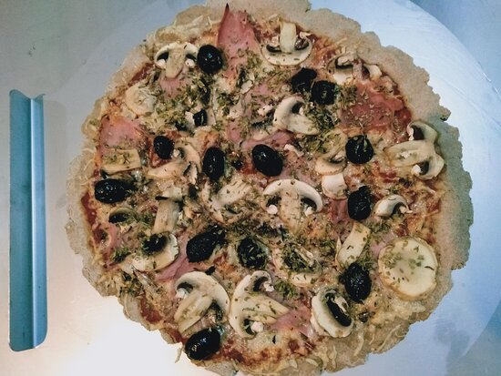 Pizza Reine, un classique que l'on ne présente plus.