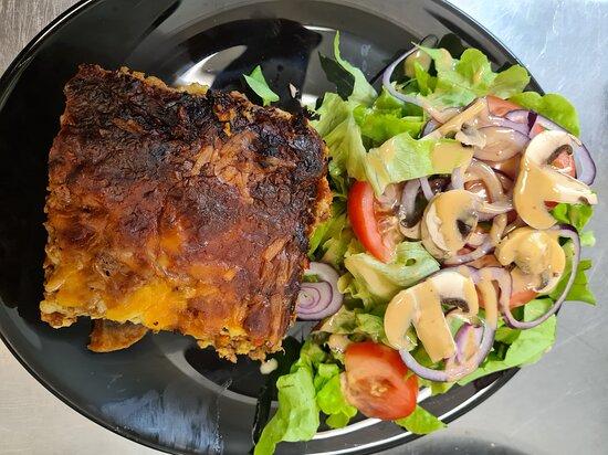 Lasagnes bœuf salade