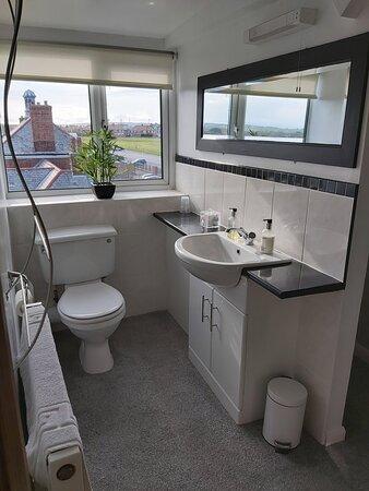 Room 8 bathroom.