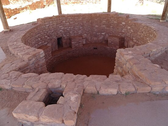 Full view of the reconstructed kiva in the shelter