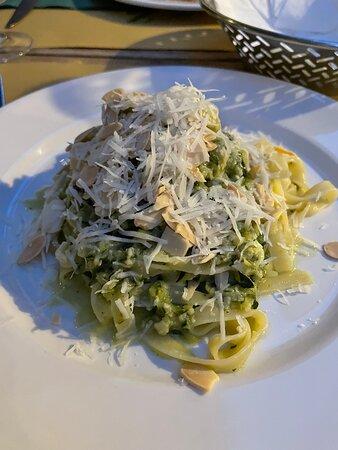 Tagliatelle with zucchini pesto