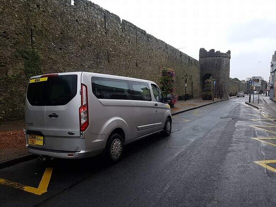 Travel to Tenby from Manchester Airport with MMA Transfers