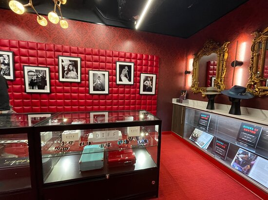 National Museum of African American Music Nashville Admission Ticket: Gift shop