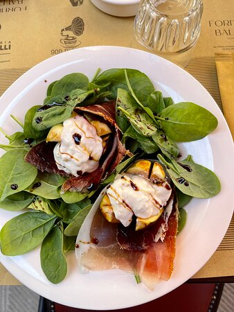 spinach ham and figs
