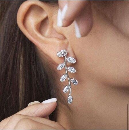 Fine diamond earrings in the greater Palm Springs area