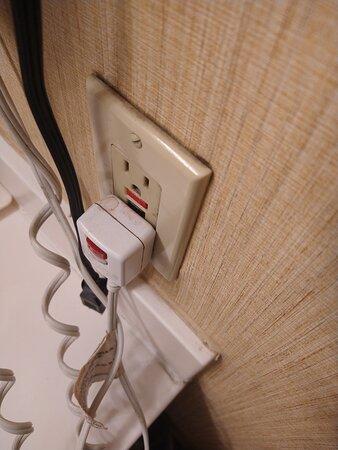 dirty hair dryer plug; hair dryer doesn't work.