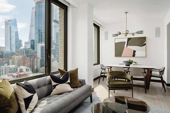 Midtown Arlo Suite Living Room
