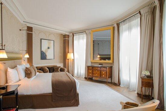 Duc De Morny Suite