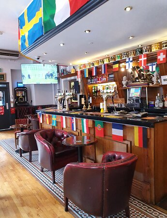 The Victoria Cross Pub in Liverpool Buisness District