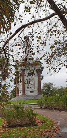 Queen Victoria Memorial.