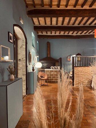 Pilonico Paterno, Italie : Inside