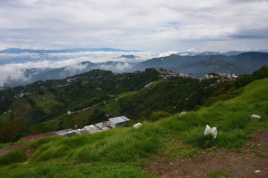 Manizales, Colômbia: Вид из Манисалеса.