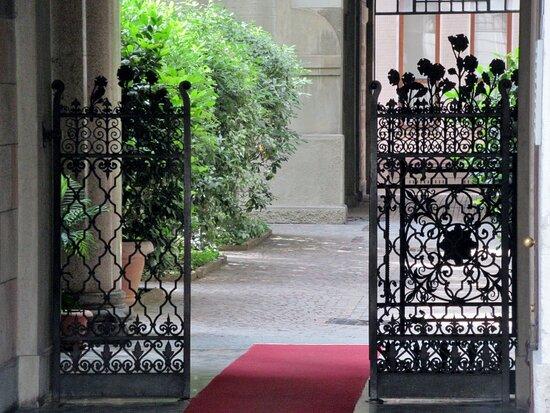 Palazzo Via Lamarmora 60