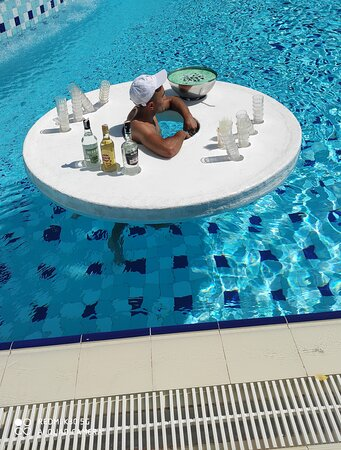 Pool / Cocktail Zeit