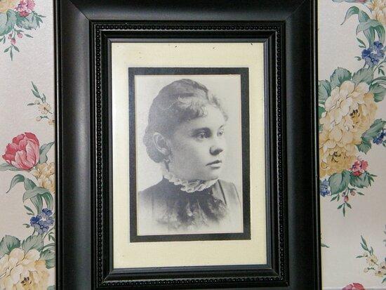 Lizzie Borden House Tour: Lizzie