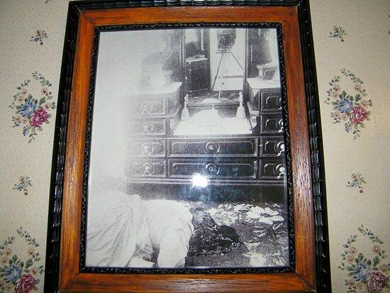 Lizzie Borden House Tour: Mrs. Borden - 2nd floor