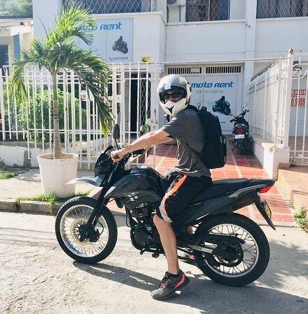 Viviendo la vida al máximo!!  Motorent Santa Marta, las mejores motos del Caribe.