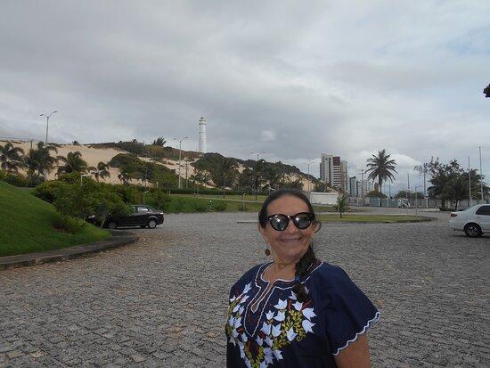 Estacionamento amplo e visual incrível do Farol da Mãe Luiza!