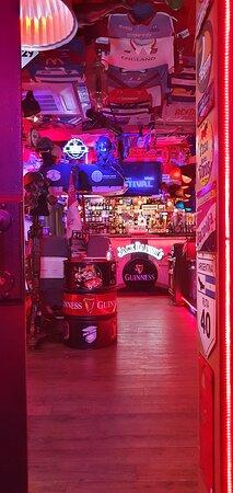 Bienvenidos a Titans Resto Bar, tu bar museo