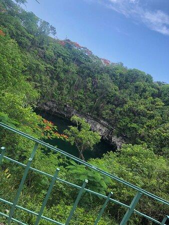Excursão ao Parque Los Tres Ojos, Farol de Colón e Aquário Nacional: Hermosas cuevas