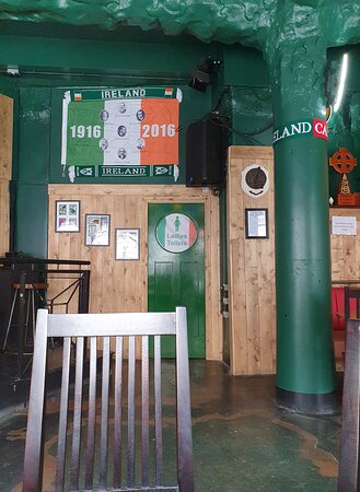 Nelly Foley's Pub housed in Grand Central Hall Building
