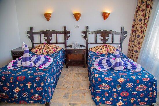 Twin room set up
