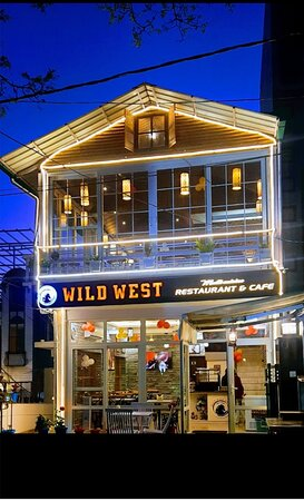 Wild west cafe dehradun