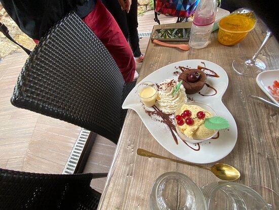 Tripadvisor - Excellent restaurant ! Un vrai régal 👏👍😋😋😋 - صورة Le Bellevue، Callian