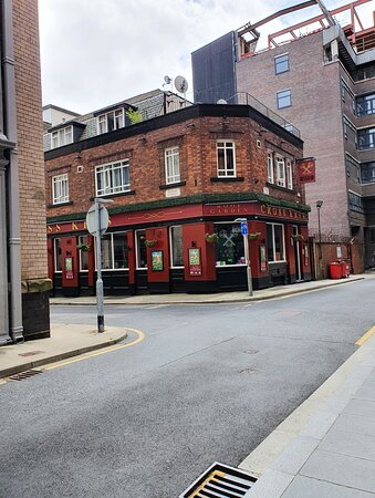 The Cross Keys Pub in Liverpool Commercial District