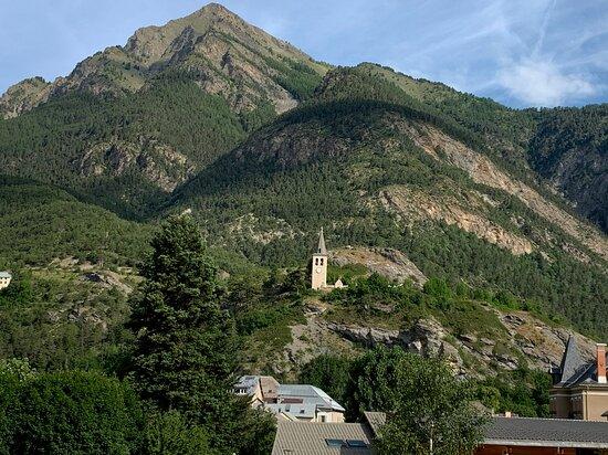 Jausiers, the village
