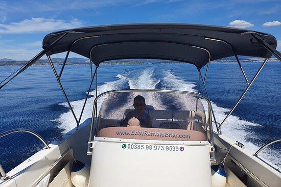 Great Plotter, Very well equiped - Foto Boat Rentals Brac, Brac Island - Tripadvisor